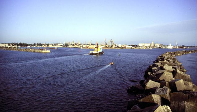 Georgian_Black_Sea_Survey_-_Poti_Harbor_11