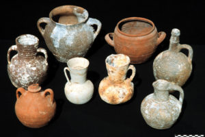 A sample of the different kinds of ceramic vessels carried on the Serçe Limanı ship. (Photo: INA). REF4376