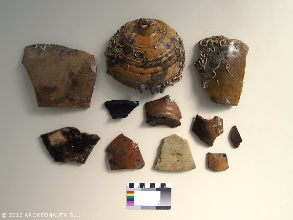Figure 5. Ceramic fragments (Photo: J.L. Casabán).