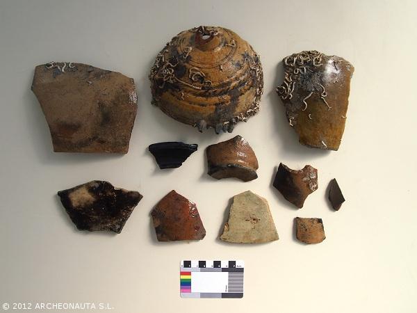 Figure 5. Ceramic fragments (Photo: J.L. Casabán).