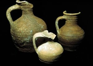 Three examples of galley ware from the stern area (Photo: INA, BK95.32).